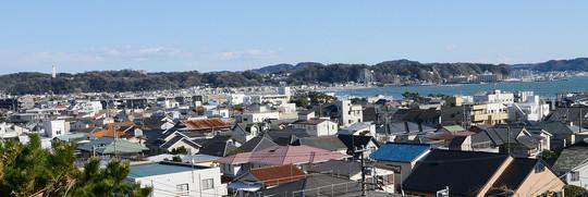202002181424 鎌倉の海東側と市街地 w1530 DSC_7217.jpg